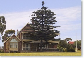Boston House Motel - Coogee Beach Accommodation
