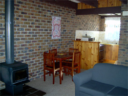 Warrawee Holiday Units - Coogee Beach Accommodation