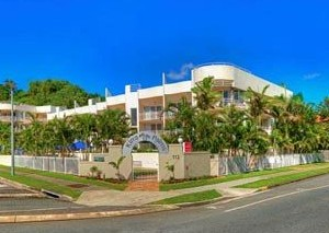 Kirra Palms Holiday Apartments - Coogee Beach Accommodation