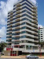 Beachfront Towers - Coogee Beach Accommodation