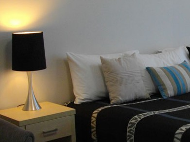 The Brighton: Lake Macquarie - Coogee Beach Accommodation