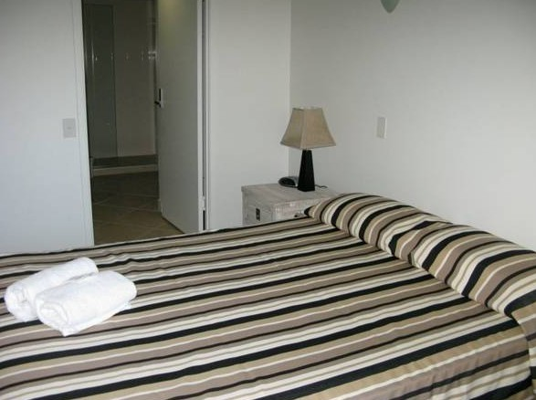 Camargue Beachfront Apartments - Coogee Beach Accommodation