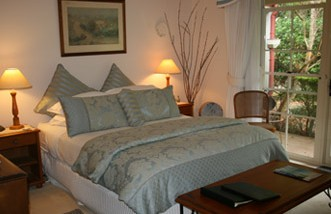 Noosa Valley Manor - Bed And Breakfast - Coogee Beach Accommodation