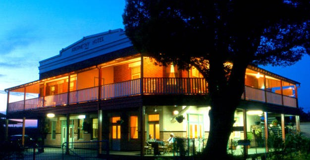 Abernethy Guesthouse - Coogee Beach Accommodation