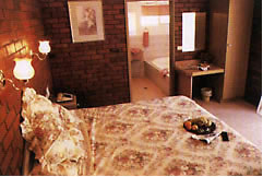 Colonial Motor Lodge - Coogee Beach Accommodation