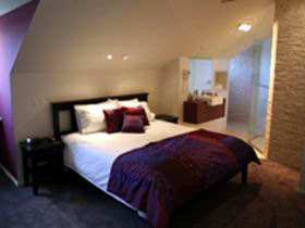 Merlot  Verdelho - Coogee Beach Accommodation