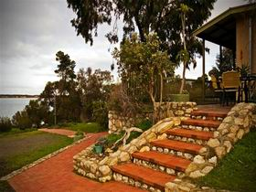 Ulonga Lodge - Coogee Beach Accommodation