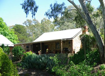 Miners Cottage - Coogee Beach Accommodation
