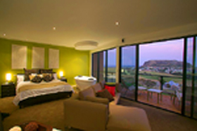 Mrs - Coogee Beach Accommodation