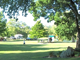 Longford Riverside Caravan Park - Coogee Beach Accommodation