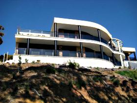 Sheer Pleasure Accommodation - Coogee Beach Accommodation