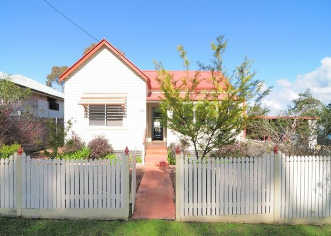 Diamond Cottages - Coogee Beach Accommodation