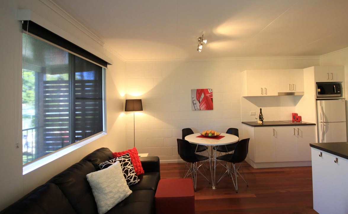 Maclean Stays - Coogee Beach Accommodation
