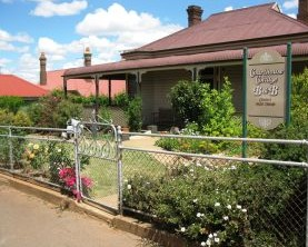 Courthouse Cottage B and B - Coogee Beach Accommodation