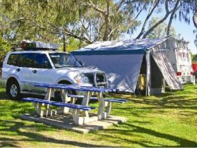 Burnett Heads Lighthouse Holiday Park - Coogee Beach Accommodation