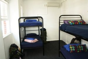 Zing Backpackers Hostel - Coogee Beach Accommodation