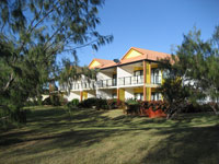 Coral Cove Resort  Golf Club - Coogee Beach Accommodation