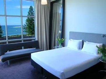 Hotel Dive - Coogee Beach Accommodation