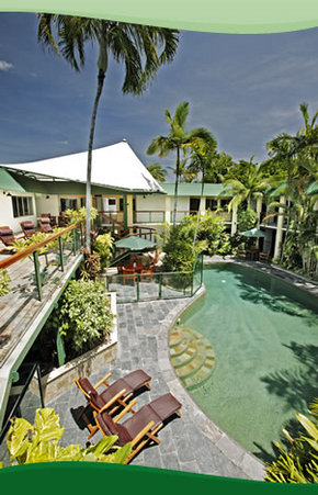 Bay Village Tropical Retreat, Cairns - Coogee Beach Accommodation