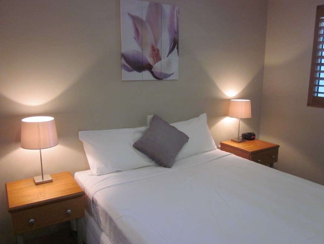 Cosmopolitan Motel And Serviced Apartments - Coogee Beach Accommodation