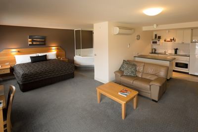The Old Woolstore Apartment Hotel - Coogee Beach Accommodation