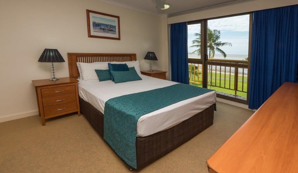 Coral Towers Holiday Apartments - Coogee Beach Accommodation