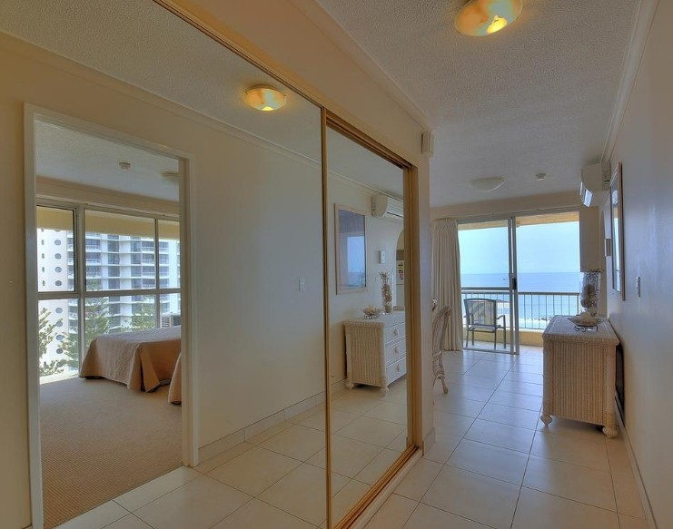 Surfers Beachside Holiday Apartments - Coogee Beach Accommodation
