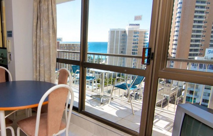 Promenade Apartments - Coogee Beach Accommodation