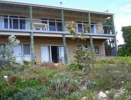 The Dog And Cockle Beach House - Coogee Beach Accommodation
