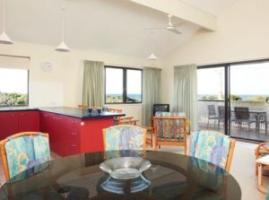 Peregian Court Resort - Coogee Beach Accommodation
