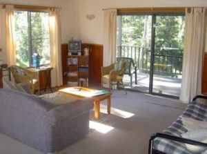 Toms Creek Retreat - Coogee Beach Accommodation
