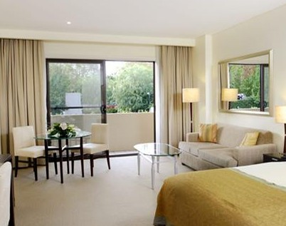 The Hills Lodge Boutique - Coogee Beach Accommodation