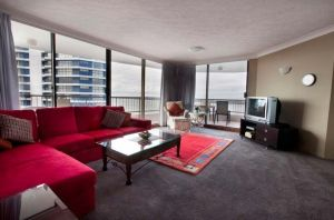 Broadwater Shores - Coogee Beach Accommodation