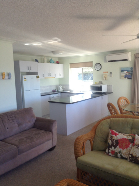 Surfcomber On The Beach - Coogee Beach Accommodation