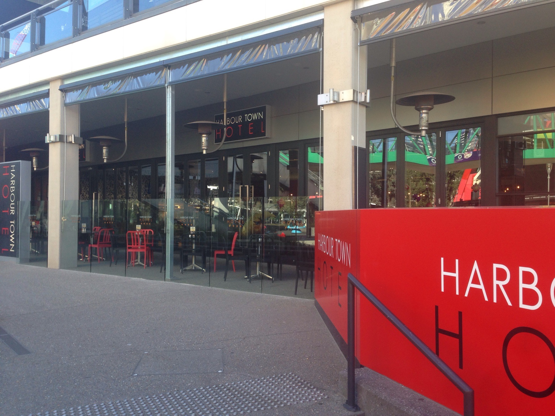 Harbour Town Hotel - Coogee Beach Accommodation