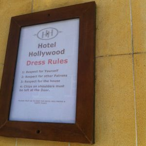 Hollywood Hotel - Coogee Beach Accommodation