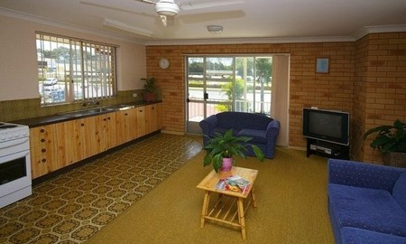 Beachlander Holiday Apartments - Coogee Beach Accommodation