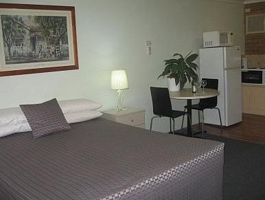 Paramount Motel And Serviced Apartments - Coogee Beach Accommodation