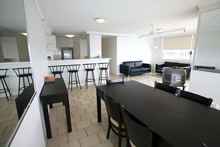 The Penthouses - Coogee Beach Accommodation