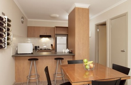 Ringwood Royale Apartment Hotel - Coogee Beach Accommodation