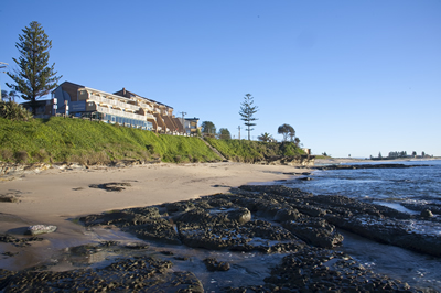 Oceanfront Motel - Coogee Beach Accommodation