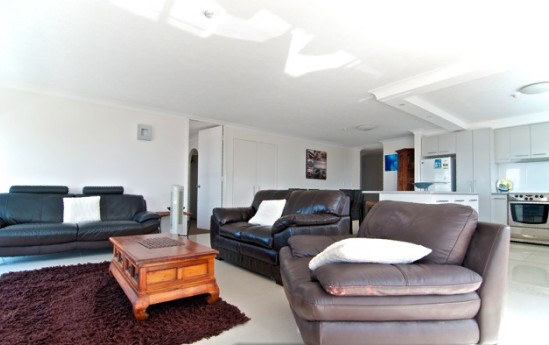 SURFERS CHALET HOLIDAY APARTMENTS - Coogee Beach Accommodation