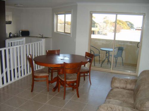 Inverloch Cabins - Coogee Beach Accommodation
