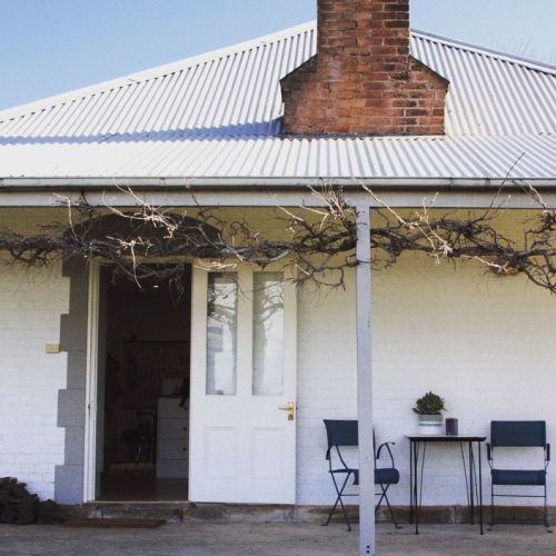 Old Schoolhouse Milton - Coogee Beach Accommodation