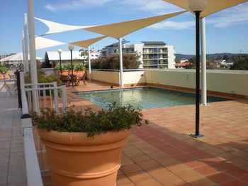 Waldorf The Entrance Serviced Apartments - Coogee Beach Accommodation