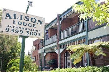 Alison Lodge - Coogee Beach Accommodation