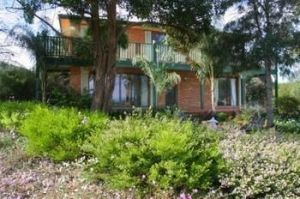 Hunter Homestead - Coogee Beach Accommodation