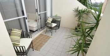 Camperdown 517 MIS Furnished Apartment - Coogee Beach Accommodation