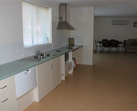 Glenn Moore Accessible Units - Coogee Beach Accommodation