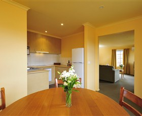 Country Club Villas - Coogee Beach Accommodation
